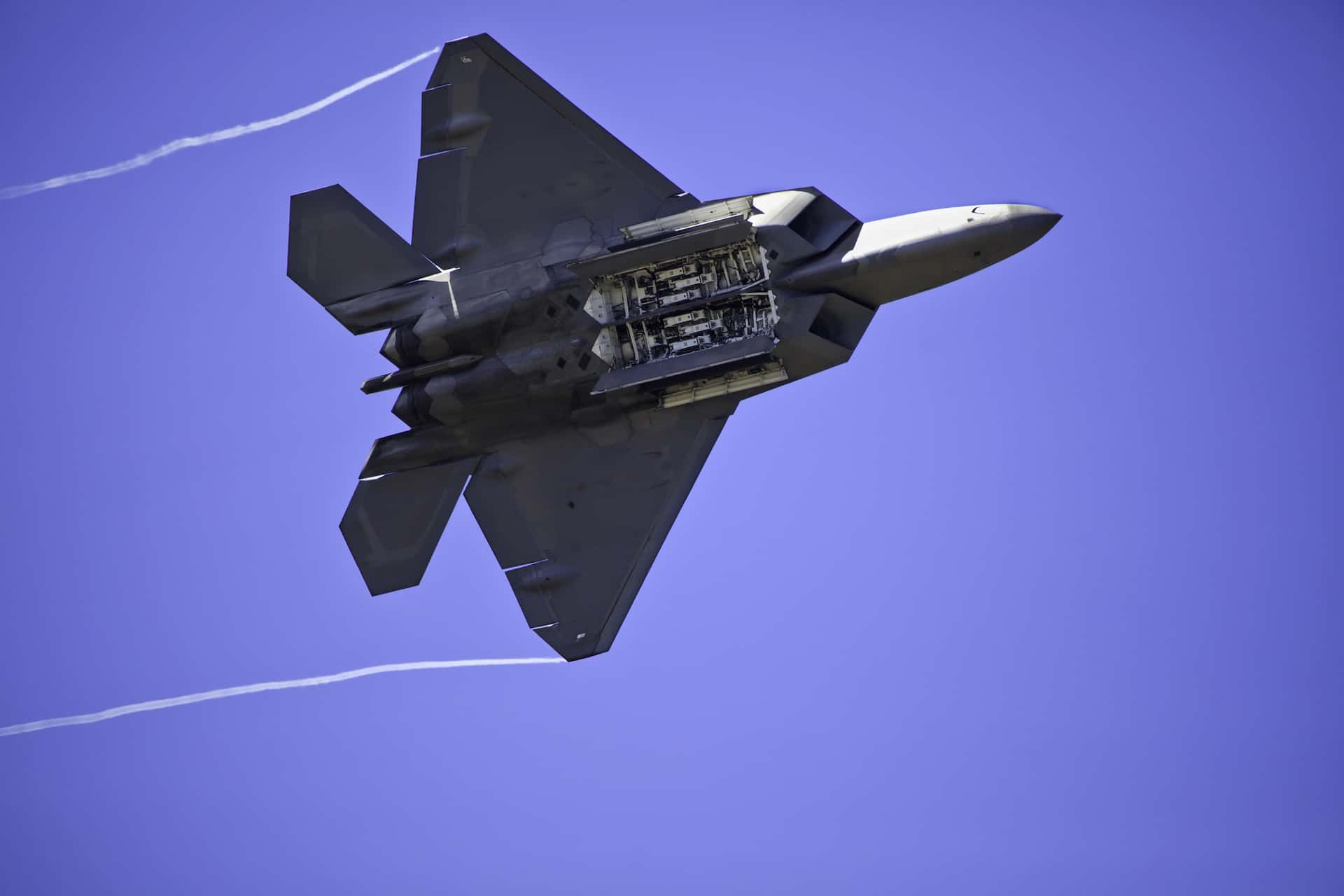 F-22 Raptor nfor CloudSuite Industrial SyteLine ERP Aerospace and Defense Military Government Contract